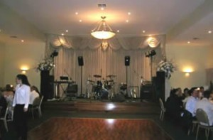 Wedding reception cover band - Bella Vista Tullamarine